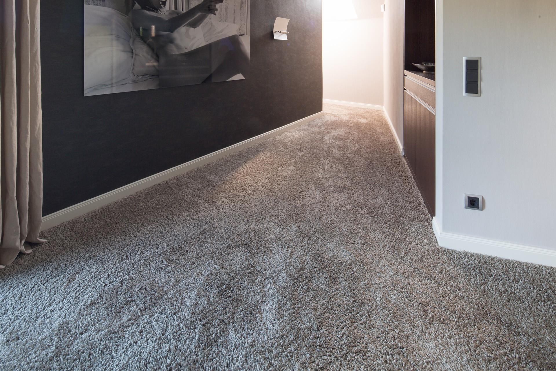 Doch Auch In Allen Anderen Räumen Sorgt Der Beliebte Bodenbelag Für Ein  Nahezu Geräuschloses Fortbewegen, Eine Ansprechende Optik Und  Strapazierfähige ...